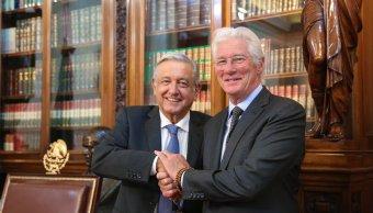 López Obrador recibe a Richard Gere en Palacio Nacional