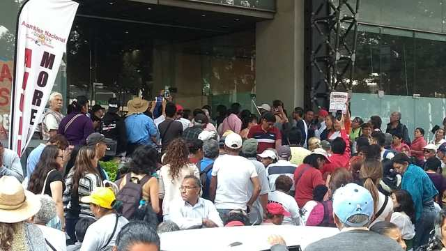 Foto Manifestantes protestan frente a Sener, bloquean Insurgentes 28 mayo 2019