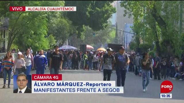manifestantes protestan frente a segob en la cdmx