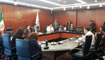 Foto: Martí Batres permanece en una reunión de trabajo de la Mesa Directiva del Senado de México, mayo 13 de 2019 (Twitter: @martibatres)