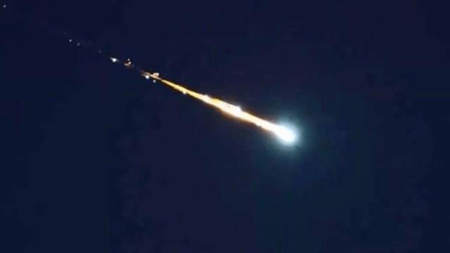 Foto Reportan caída de meteorito en Uruapan, fue visto en varios estados 27 mayo 2019