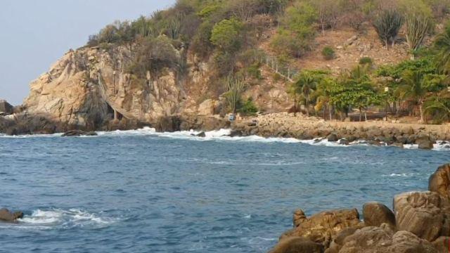 Foto: El fallecido fue encontrado a más de un kilómetro, mar adentro, frente a la playa de Zicatela en Puerto Escondido, el 27 de mayo de 2019 (Noticieros Televisa)
