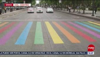 Foto: Modifican cebras peatonales con colores del arcoíris frente a la Alameda en CDMX