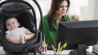 Mamá y profesionista, el reto de muchas mujeres en la actualidad