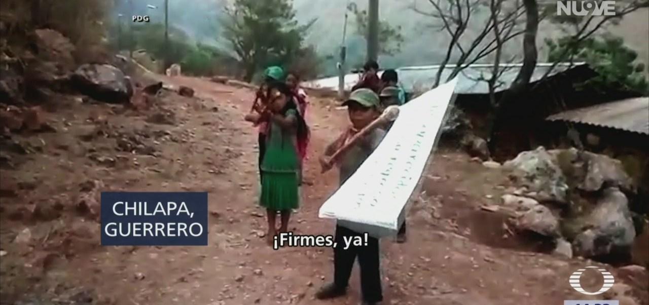 Foto: Niños integrantes de policía comunitaria en Chilapa