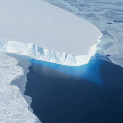 Nivel del mar aumenta más rápido de lo previsto por especialistas