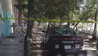 Foto: Un hombre de aproximadamente 30 años de edad presuntamente se suicidó en el panteón 'San Isidro', 8 mayo 2019