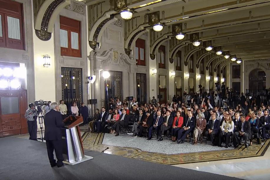 Foto: Periodistas hacen preguntas a López Obrador, 16 de mayo de 2019, Ciudad de México