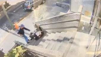 Asaltante despoja de su arma a policía, en Guadalajara