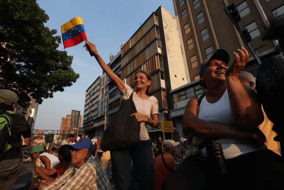 Foto: Simpatizantes de Maduro participan en manifestación, 30 de abril de 2019, Caracas