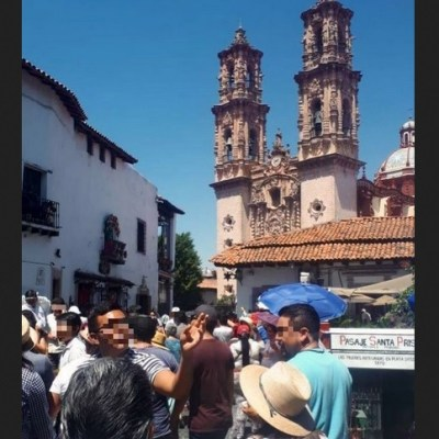Matan a guía de turistas en pleno zócalo de Taxco, Guerrero