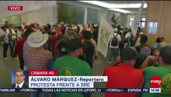 FOTO: Unión Nacional de Trabajadores Agrícolas protesta en SRE