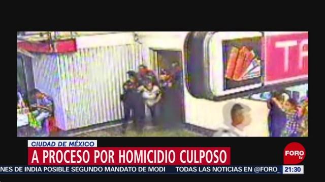 Foto: Vinculan a procesos a policías por muerte de usuaria del Metro