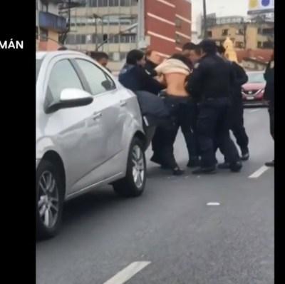 Video: Policías de la CDMX agreden a mujer en Viaducto