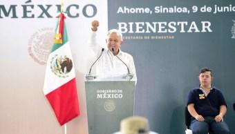 Foto: El presidente Andrés Manuel López Obrador entrega en Los Mochis, Sinaloa Programas de Bienestar, el 9 de junio de 2019 (Gobierno de México)