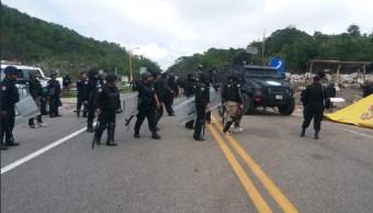 Foto: bloqueo en la autopista Tuxtla Gutiérrez-San Cristóbal de las Casas, 18 de junio 2019. Twitter @AlertaChiapas