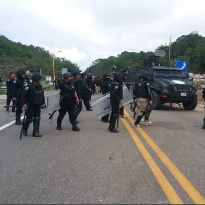 Balean a policía durante desalojo de campesinos en Chiapas
