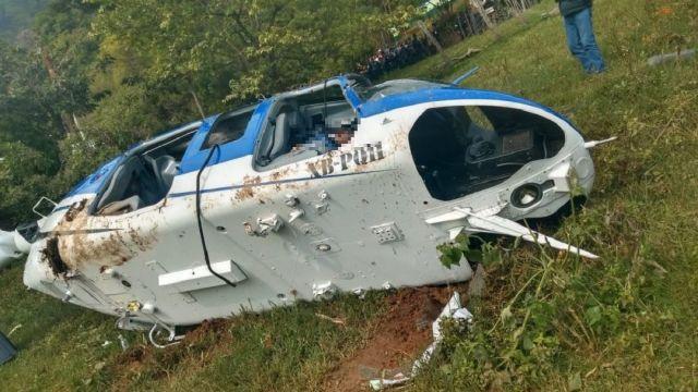 Foto: caída de helicóptero en Sultepec, 18 de junio 2019. Twitter @OjosAbiertos11