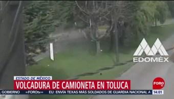 FOTO: Captan volcadura de camioneta en Toluca, Edomex, 23 Junio 2019
