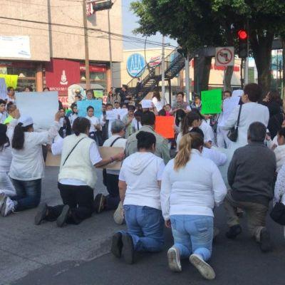 Caso Avendaño: Feligreses bloquean Insurgentes, exigen liberar a sacerdote detenido