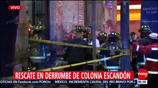 Derrumbe en colonia Escandón moviliza a cuerpos de emergencia