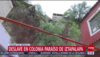 Foto: Deslave en colonia de Iztapalapa pone en riesgo decenas de casas