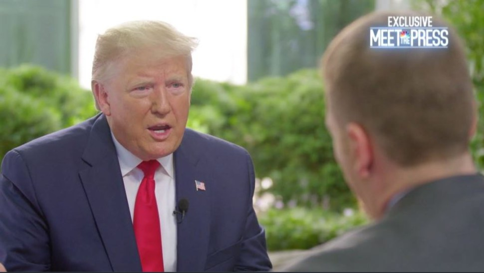 "Foto: Donald Trump durante una entrevista en el programa ""Meet the Press"" de la cadena NBC, 23 junio 2019"