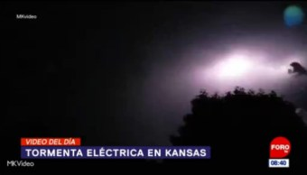 #ElVideodelDía: Tormenta eléctrica en Kansas