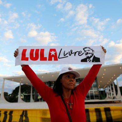 Corte de Brasil niega libertad a Lula; analiza imparcialidad de investigación Lava Jato