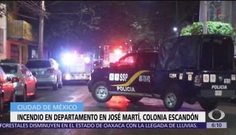 Incendio en departamento en José Martín, colonia Escandón