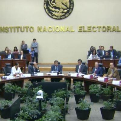 INE pide a población denunciar cualquier coacción del voto
