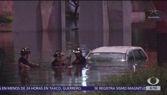 Inundaciones y árbol caído causan lluvias en la CDMX
