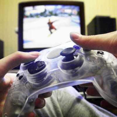 Joven mata a otro durante disputa por un control de videojuego