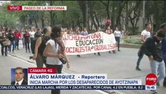 Foto: Marchan en conmemoración por desaparecidos de Ayotzinapa