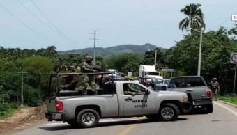 Liberan a marinos retenidos por autodefensas en Guerrero