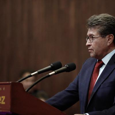 Monreal critica fallo de la SCJN que restringe facultades a FGR