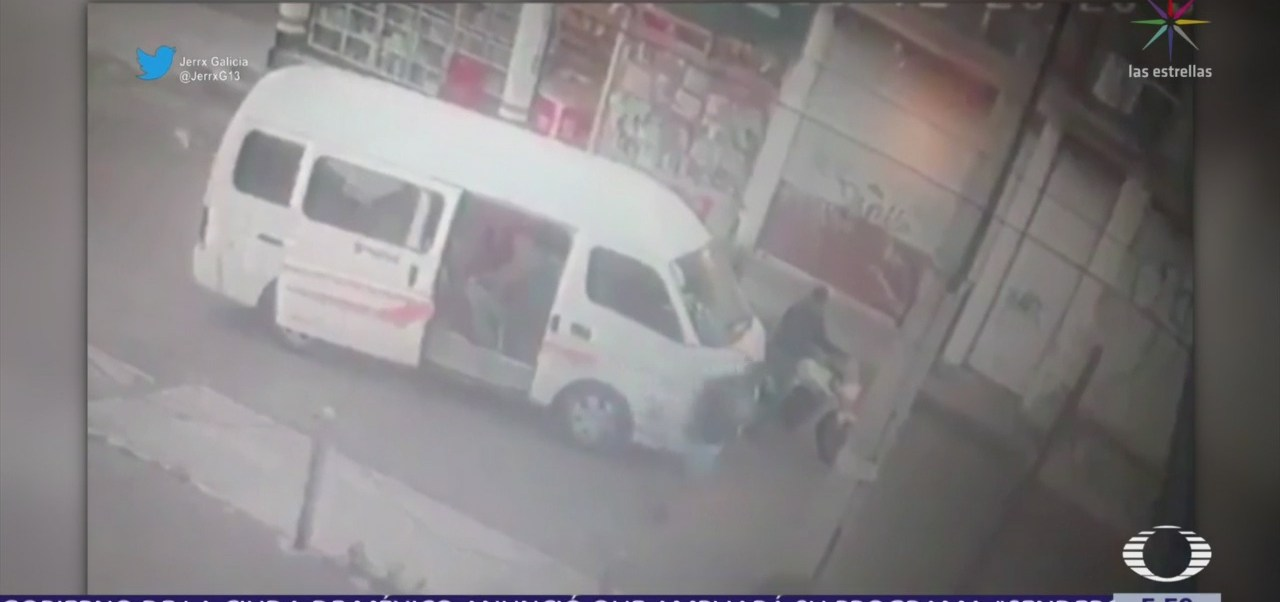 Motociclistas asaltan transporte público en la alcaldía Tláhuac