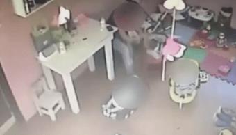Foto Video muestra a niñera agrediendo a bebé de cuatro meses 7 junio 2019