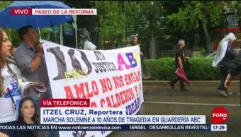 Padres de niños de la Guardería ABC marchan sobre Reforma