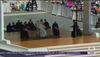 Papa Francisco felicita a mexicanos por recepción de migrantes