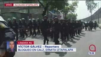Policías CDMX se despliegan en Ermita para evitar bloqueo de comerciantes