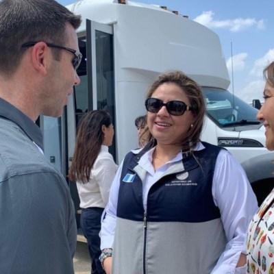 Primeras damas de Guatemala y Honduras visitan frontera entre México y EU