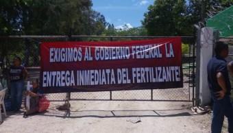 Foto: campesinos exigen la entrega de fertilizantes, 27 de junio 2019. Twitter @Janosikgarciaz