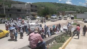 Foto: Protesta de campesinos en Guerrero. 27 de junio 2019. Twitter @Janosikgarciaz