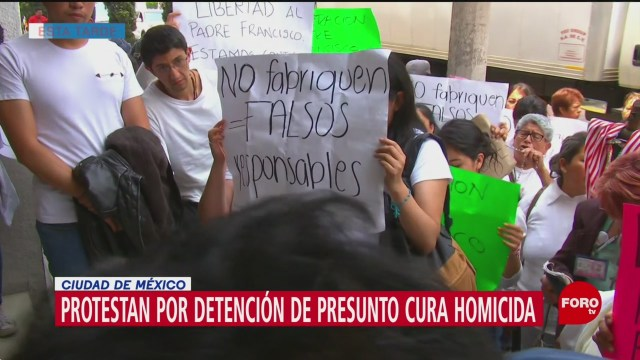 Foto: Protestan en favor de sacerdote implicado en homicidio de Leonardo Avendaño