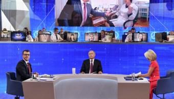FOTO Vladimir Putin, presidente de Rusia, realiza su Línea Directa en TV, y sufre ciberataque (EFE 20 junio 2019 rusia)