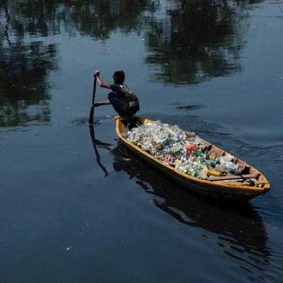 Las imágenes más devastadoras del daño que la basura plástica le hace a los mares y lagos