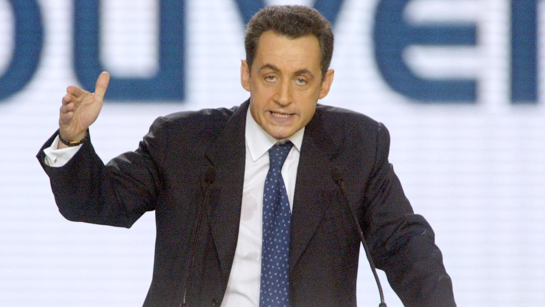 Foto: El expresidente de Francia Nicolas Sarkozy durante un congreso en Le Bourget, en París, en noviembre de 2004, 19 junio 2019