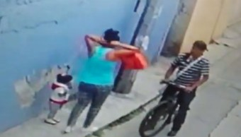 Foto Sujeto asalta a mujer con bebé en Unidad Modelo, Iztapalapa 4 junio 2019