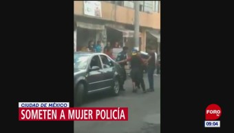 Tres hombres someten a mujer policía en Xochimilco